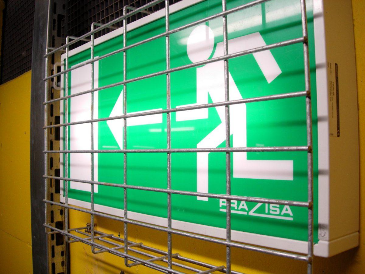Wyjście ewakuacyjne znak